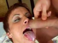 Gorge profonde au sperme