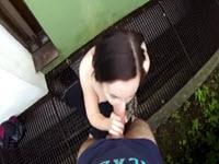 Jeune pute baise en POV au dehors